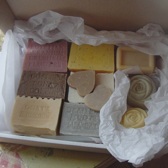 ::::Handmade Soap GIFT SET:::