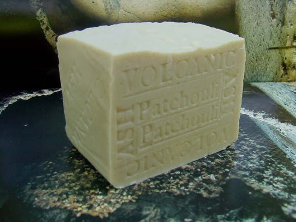 Volcanic Ash With Cocoa Butter and Patchouli