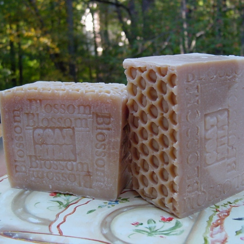 Golden Blossom Honey and Beeswax -handcrafted soap