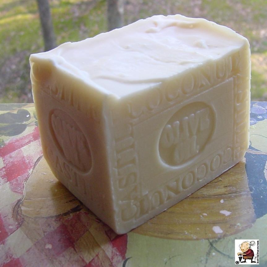 CASTILE-SOAP-HANDCRAFTEs-soap