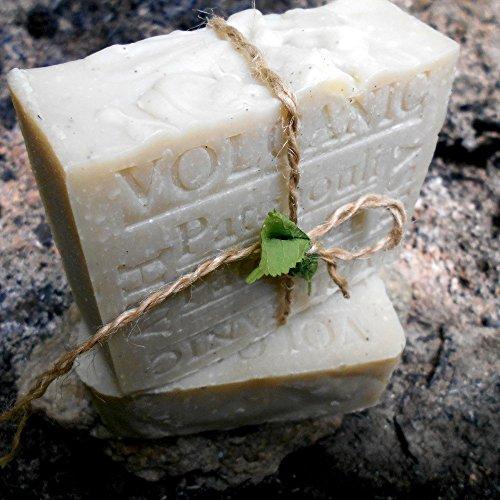 Natural soap shaving bar